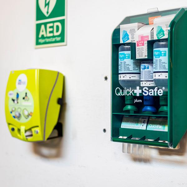 hjertestarter og quick safe kit