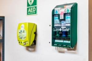 quick safe kit og hjertestarter