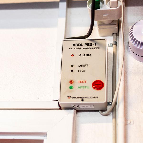 ABDL PBS-1 Automatisk branddørlukning